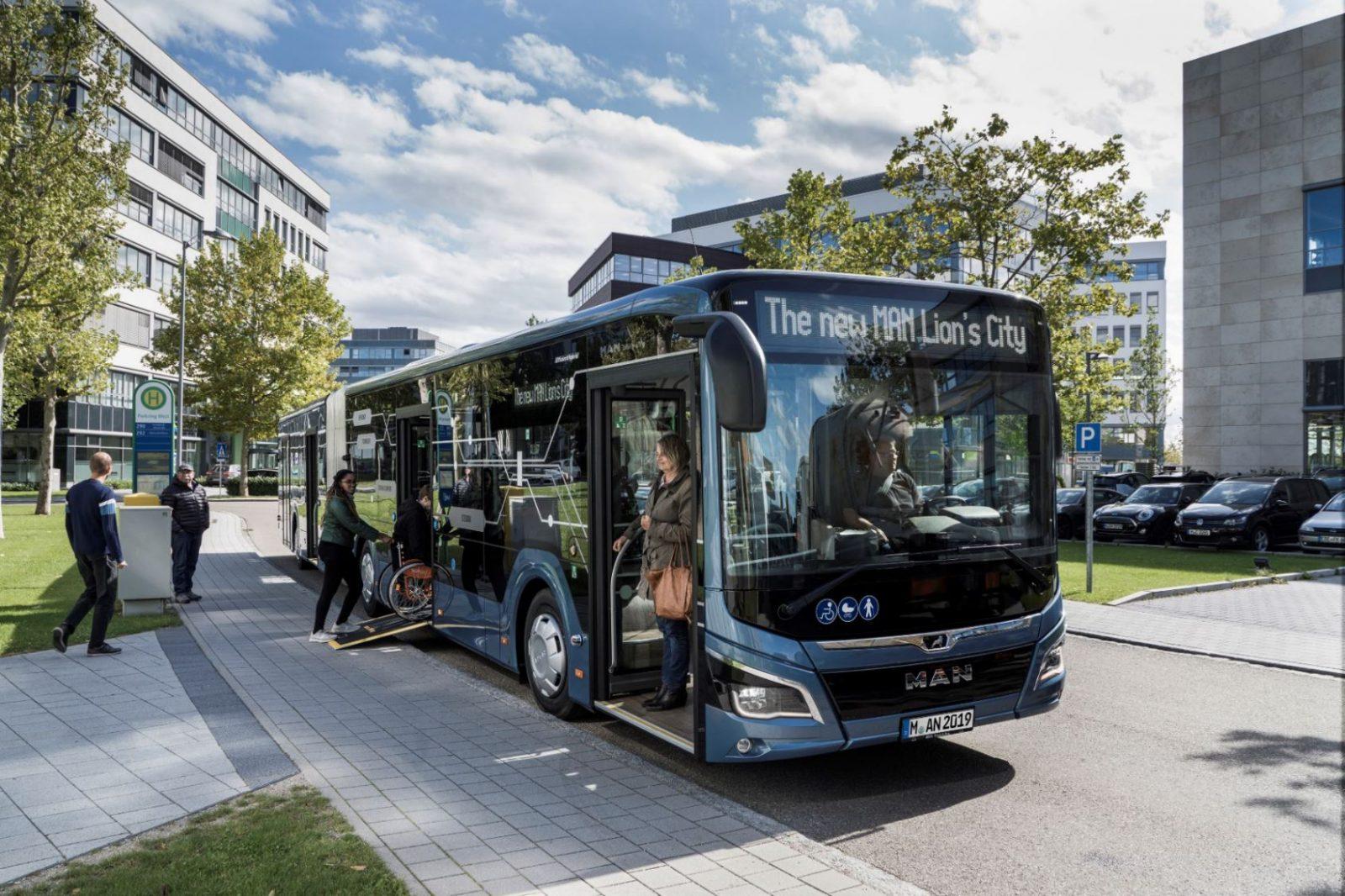 Автобус LionsCity19