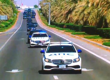 В ОАЭ машины сопровождения Владимира Путина раскрасили под российскую ДПС