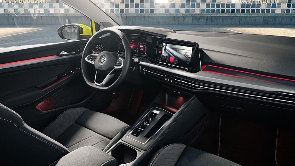 Салон нового Volkswagen Golf