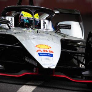 Команда Nissan e.dams примет участие в предсезонных тестах Формулы Е