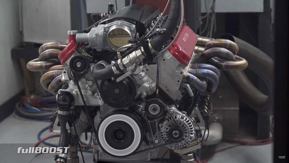 Австралийская фирма Race Cast Engineering, изготавливающая двигатели, создала атмосферный 12-цилиндровый мотор на 9,5 литра