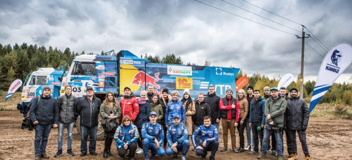 Имена пилотов команды «КАМАЗ-мастер», которые примут участие в ралли «Дакар-2020»