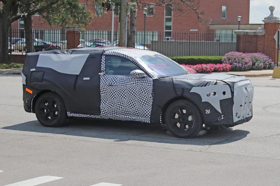 Шпионские снимки Ford Mach EV