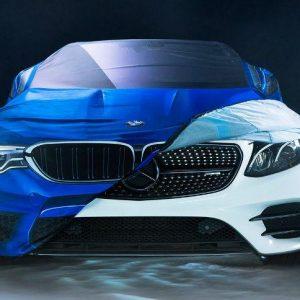 BMW решило вспомнить про извечного конкурента - Mercedes-Benz и сделать ему костюм на Хэллоуин