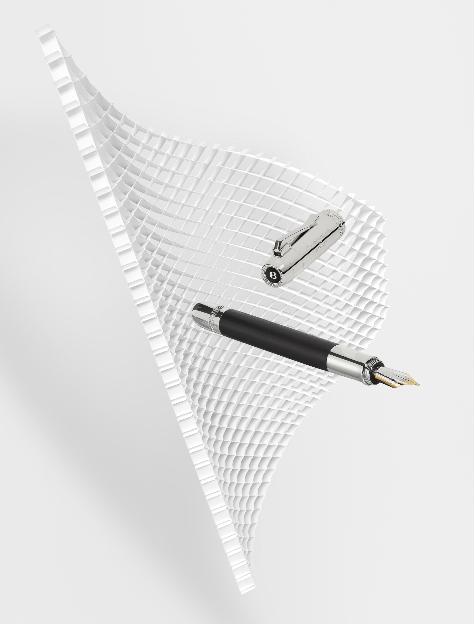 Bentley Motors и Graf von Faber-Castell представляют новую эксклюзивную коллекцию роскошных письменных инструментов