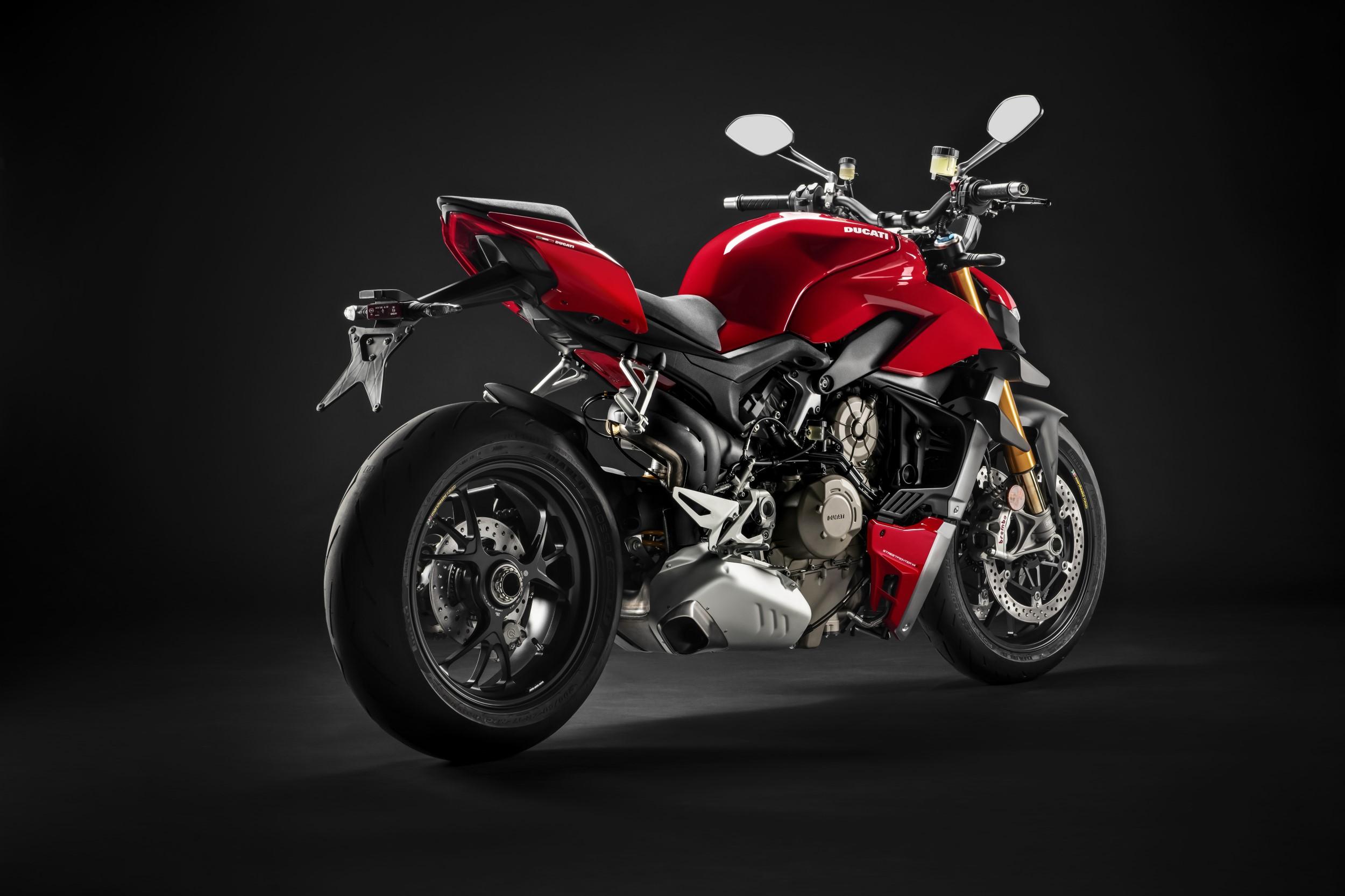 Мотоцикл Ducati Streetfighter V4