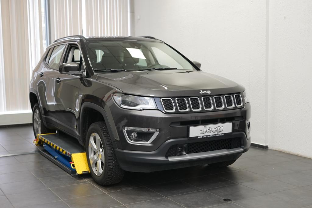 FCA Rus подвела итоги «Всероссийского конкурса мастеров-консультантов Jeep 2019»