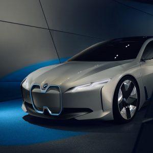 Компактный BMW i4 станет основным соперником Tesla Model 3