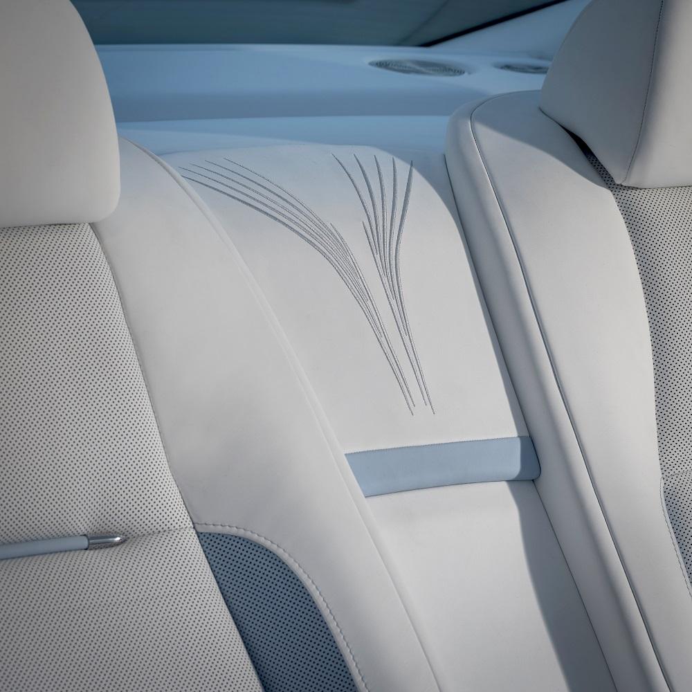 Rolls-Royce представляет коллекционный Falcon Wraith