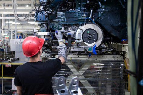 Мировые автопроизводители потеряли $250 млрд на фоне пандемии