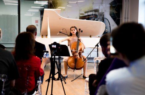 Концерт из программы фестиваля «Москва встречает друзей» состоялся на заводе Mercedes-Benz в Подмосковье
