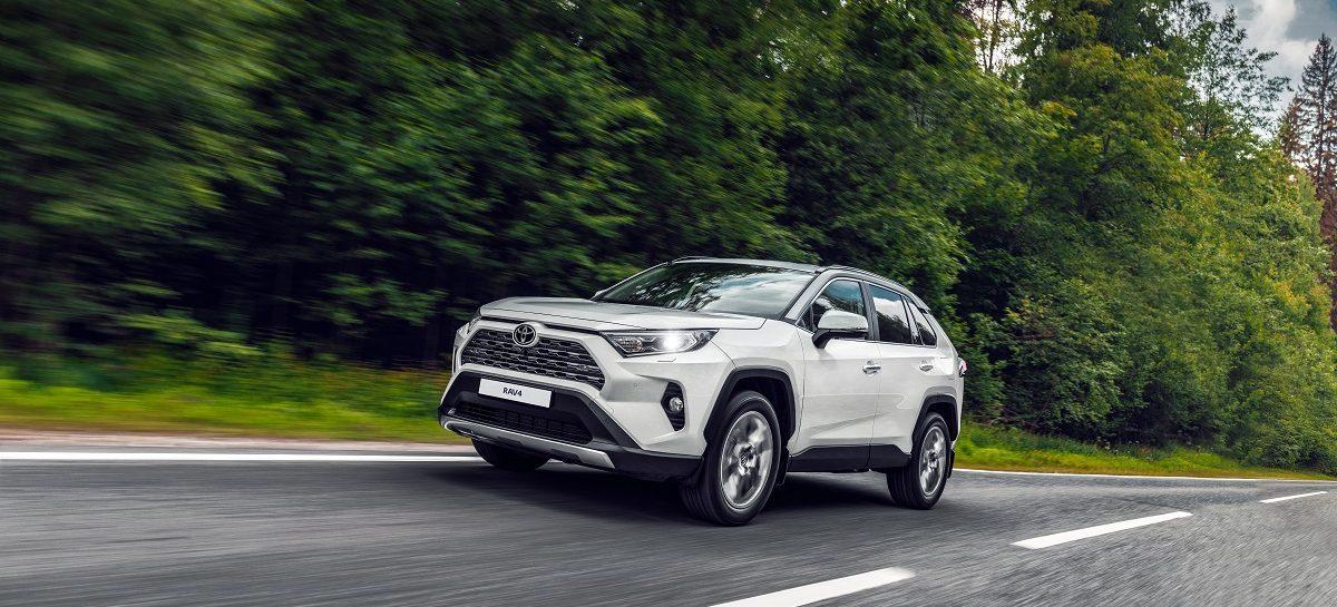 Toyota RAV4 стал победителем в конкурсе «Автомобиль года» в Японии