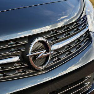 Opel возвращается в Россию: Zafira Life и Grandland X старт приема заказов