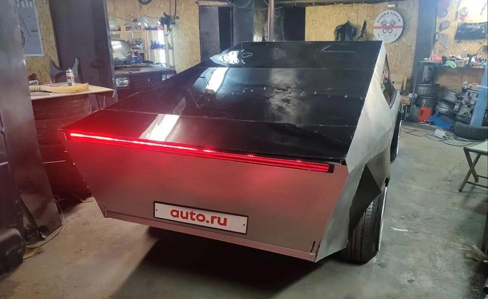Московскую копию Tesla Cybertruck решили продать за 666 тысяч рублей