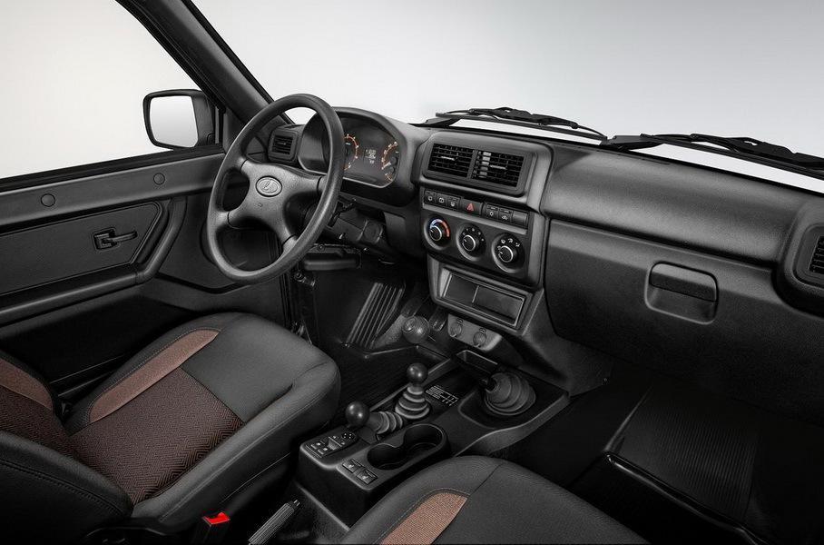 Цену обновленной Lada 4x4 раскрыли