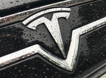 Tesla показала прототип ИВЛ, частично собранный из деталей для Model 3