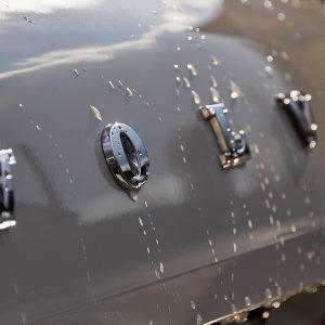 Volvo возобновляет производство на заводах в Европе