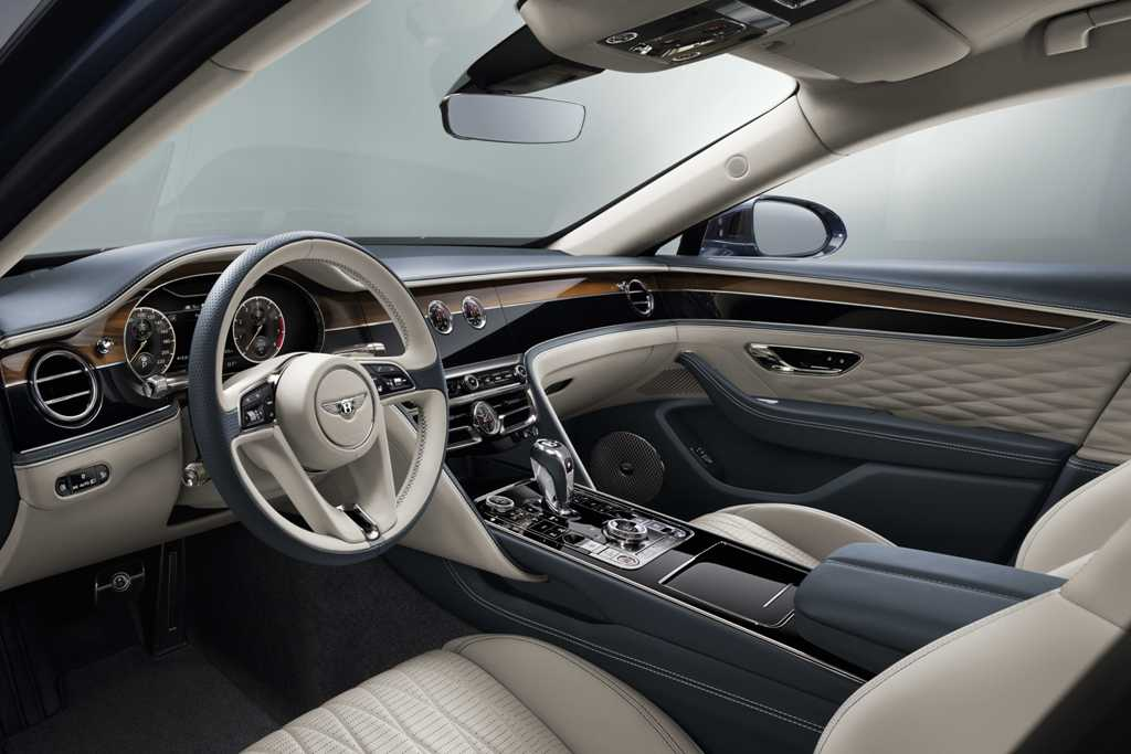 Новый Bentley Flying Spur в деталях