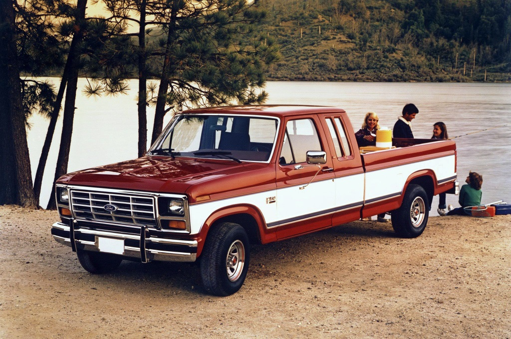 Ford F-150 XLT Lariat SuperCab Pickup 1985