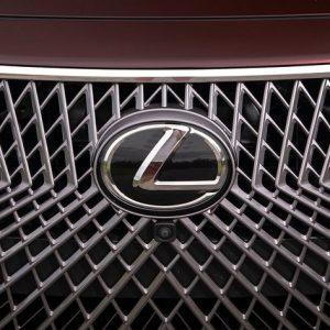 Lexus лидер рейтингов надежности в Eвропе и США