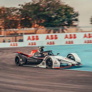Porsche публикует эксклюзивные видеодокументы, посвященные участию в Formula E