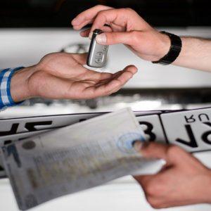Новые правила регистрации автомобилей обернулись ловушкой для водителей
