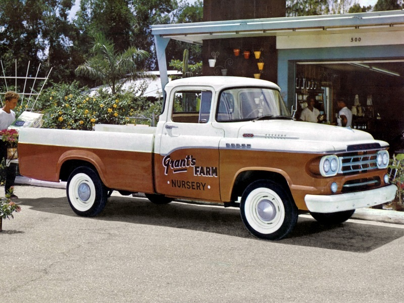 Dodge D100 Sweptline Pickup 1959