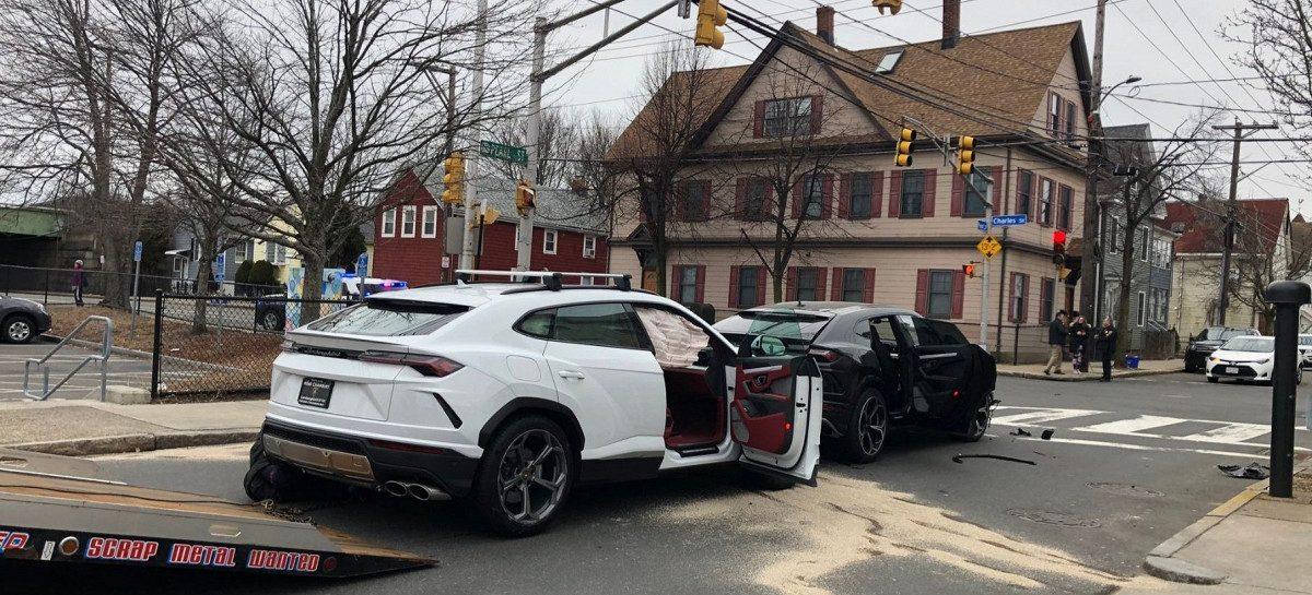 Подростки угнали два Lamborghini Urus и разбили их