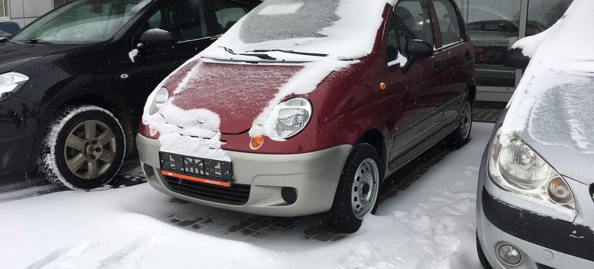 В России нашли новые машины за 349 тысяч рублей