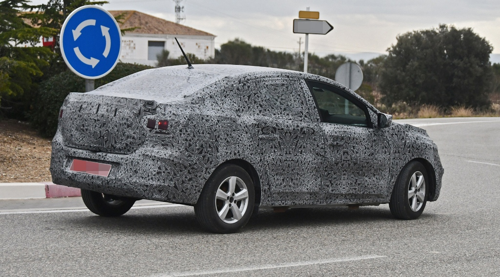 Новый седан Dacia Logan сменит платформу на модульную