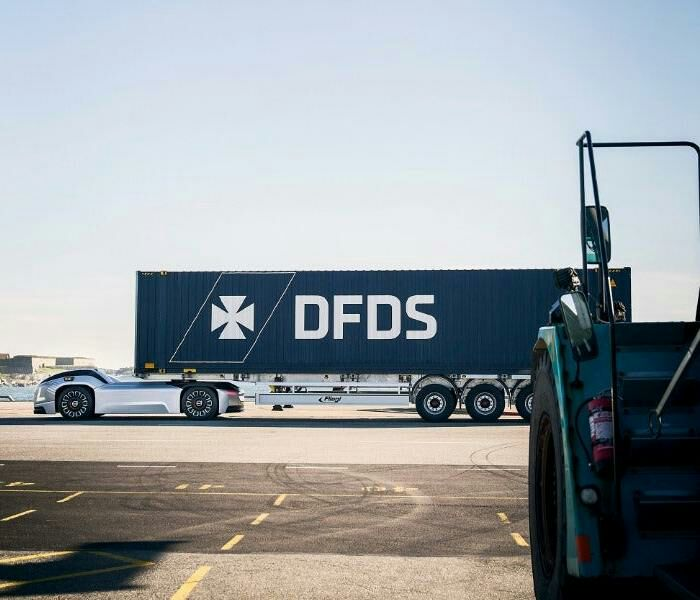 Сейчас Volvo совместно с DFDS испытывают новые грузовики