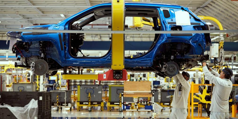 В Fiat заявили о возможной остановке конвейера из-за коронавируса