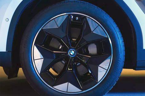 Электрический кроссовер BMW получит аэродинамические колеса