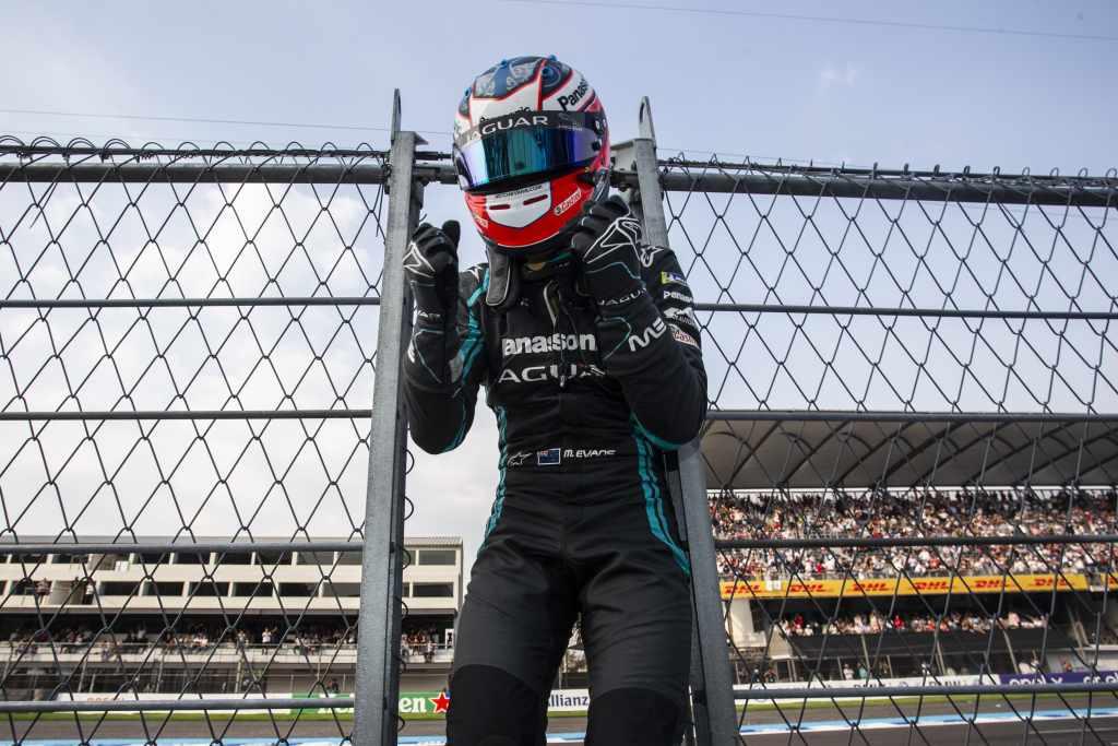 Митч Эванс одержал победу на этапе E-Prix в Мехико