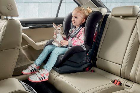 Безопасность детей в автомобилях Škoda