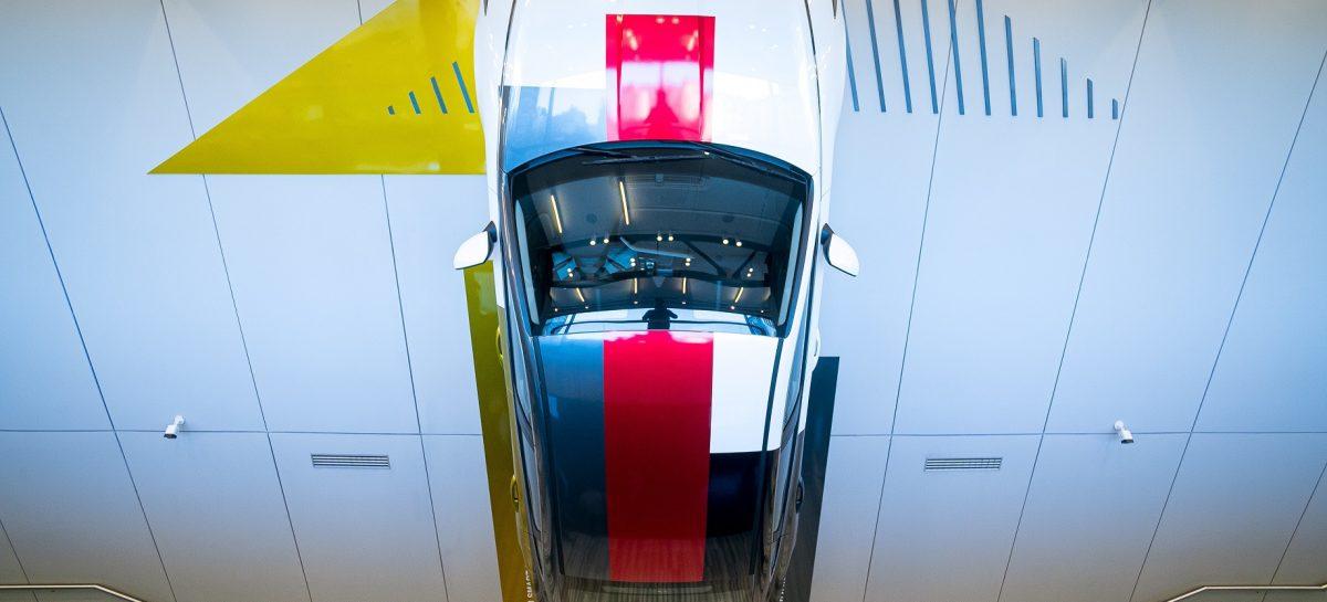 Инсталляция новой Hyundai Sonata в Hyundai MotorStudio