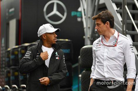 Mercedes и Хэмилтон начнут переговоры о контракте в феврале