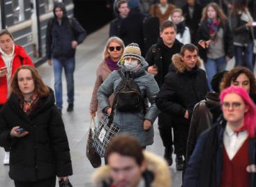 Москвичей призвали избегать городского транспорта в час пик