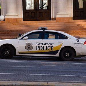 Полиция США попросила преступников не нарушать закон до конца эпидемии
