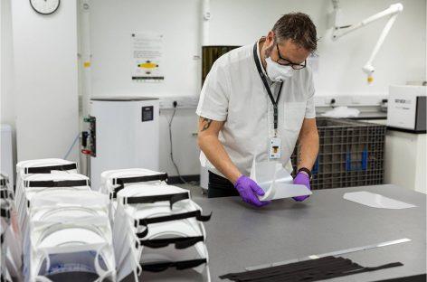 Jaguar Land Rover запустила производство лицевых защитных экранов для медицинских работников