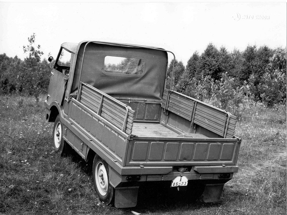 Škoda: Type 998 Agromobil