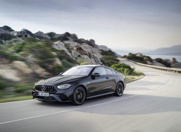 Новые купе и кабриолет Mercedes-AMG E 53 4MATIC+