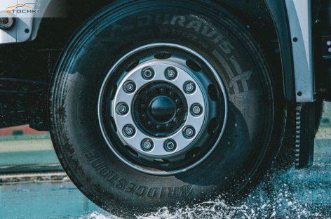 Новинка от Bridgestone: высокотехнологичные грузовые шины Duravis R002
