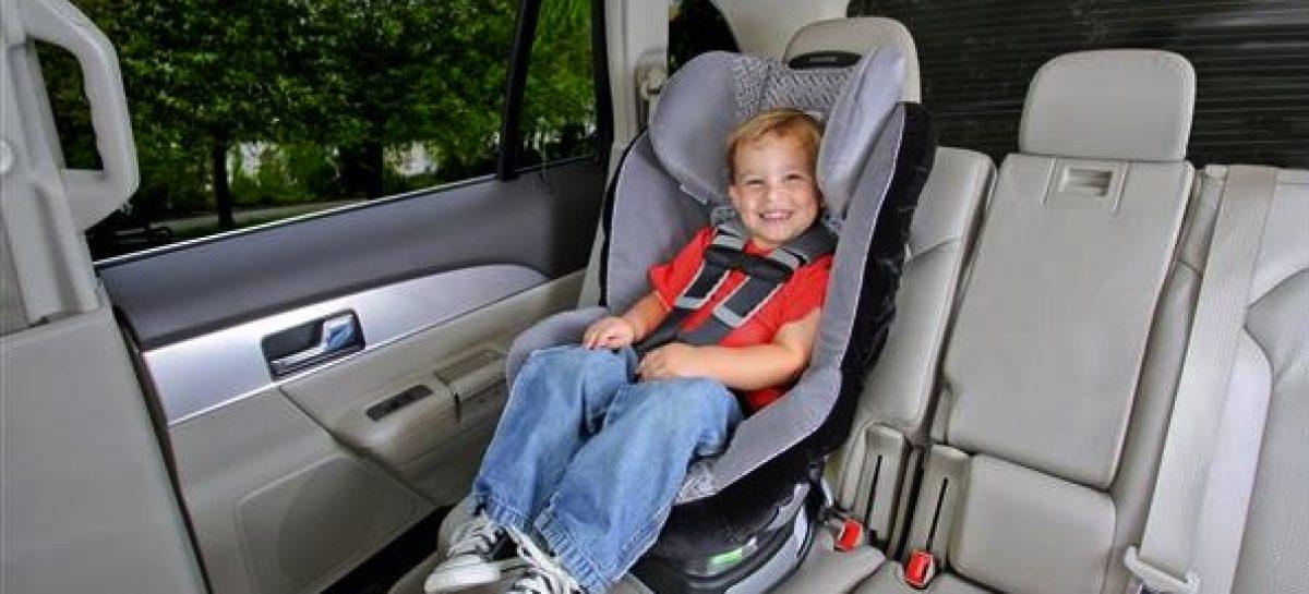 Большинство родителей не знают, где самое безопасное место для детского автокресла
