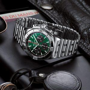 Новые Chronomat Bentley: современное воплощение легендарной модели стильных спортивных часов