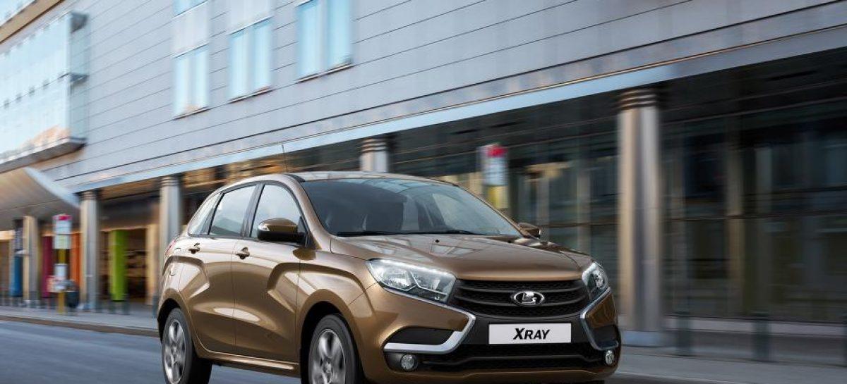 АвтоВАЗ отзывает в России более 90 тыс. автомобилей Lada Xray и Vesta