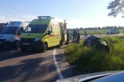 Массовые ДТП с пострадавшими тормозили вечерний поток на «Скандинавии» и других трассах