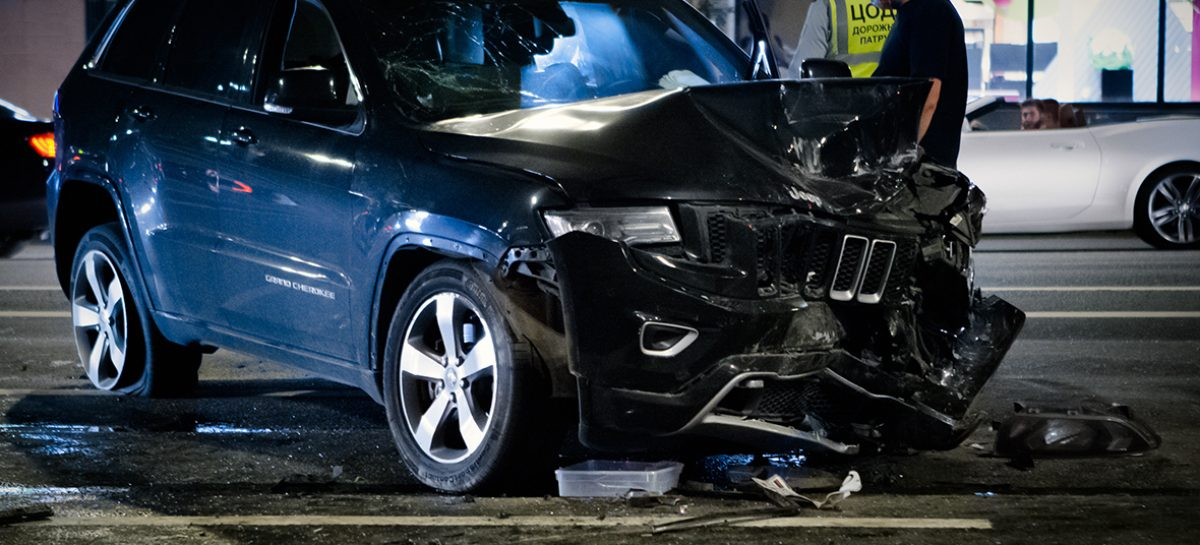 Адвокат заявил, что сидевший в машине Ефремова водитель установлен