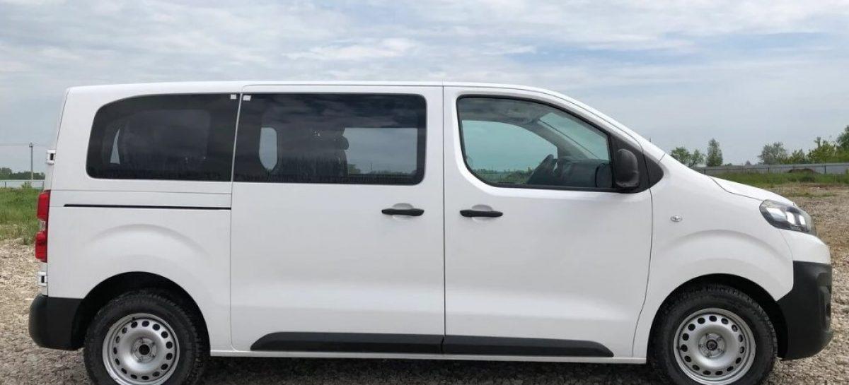 Грузовой фургон Citroёn Jumpy в пассажирской модификации Tour Comfort