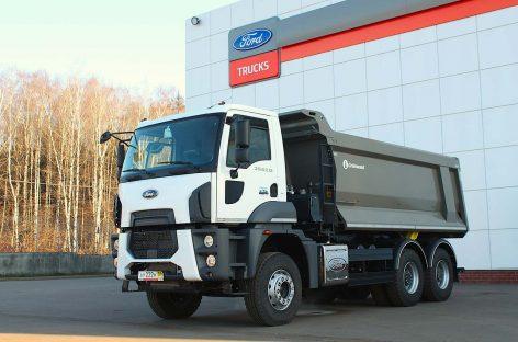 Самосвал Ford Trucks поступил в автопарк московской строительной компании